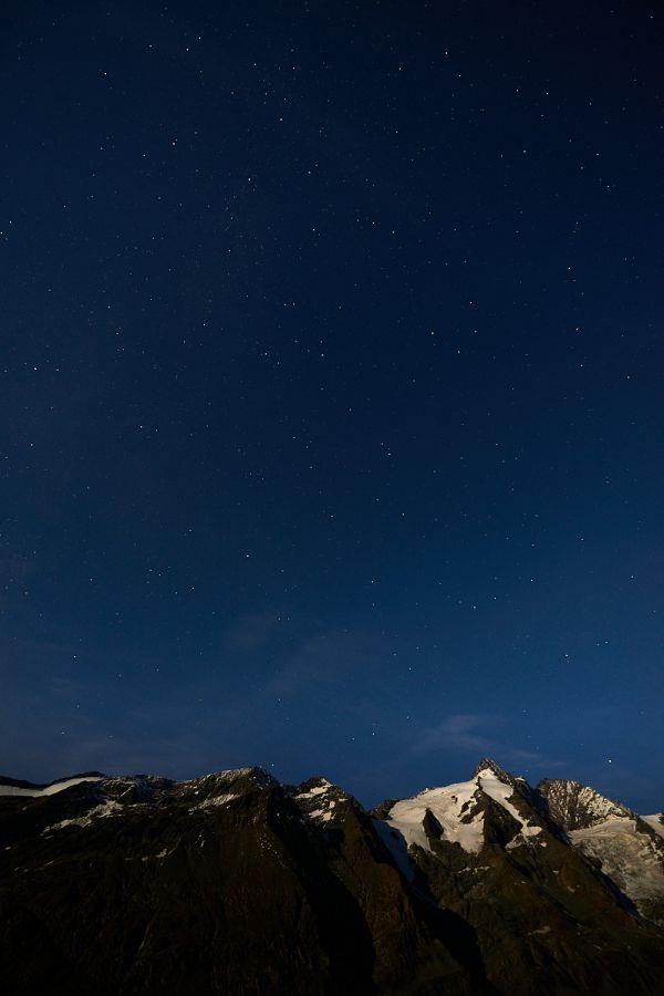 Großglockner bei Nacht